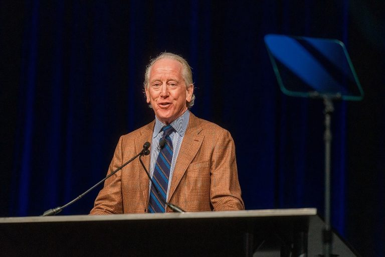 Archie Manning shares lessons from the football field and from a life well-lived
